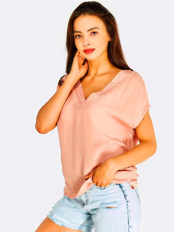 Дамска блуза Pastel Pink Blouse With Lace Details