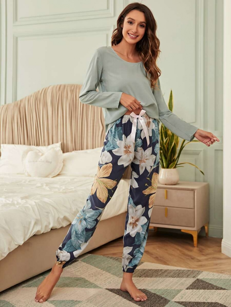 Дамска пижама Floral Print Bow Front Pajama Set