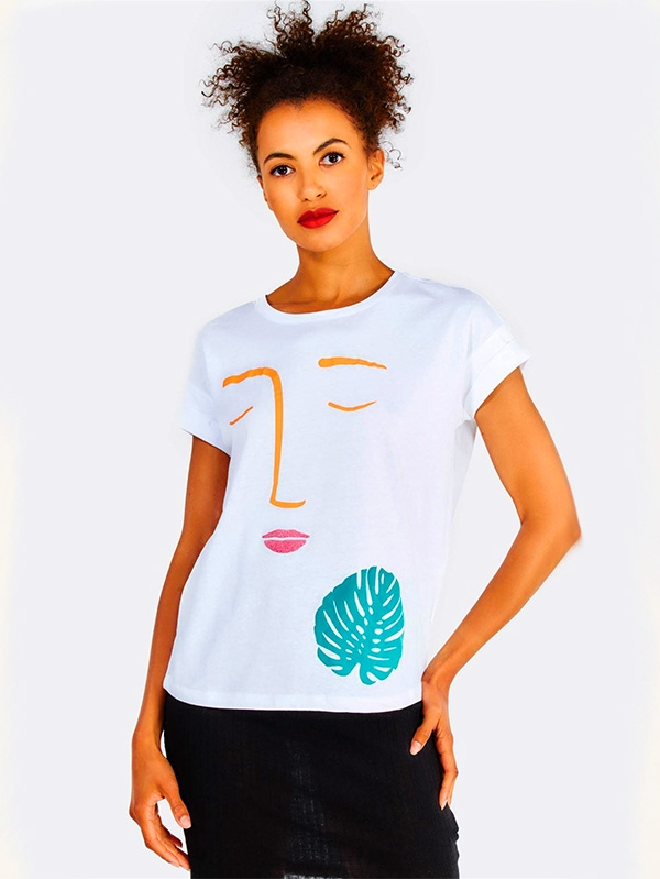 Дамска тениска White Cotton T-Shirt With Front Print