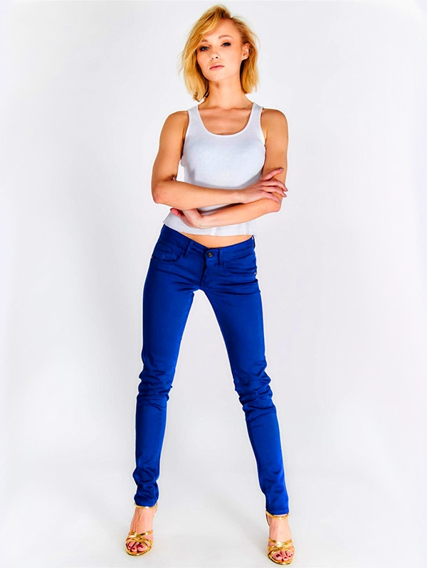 Дамски дънки Skinny Jeans With Zipper Back Pockets