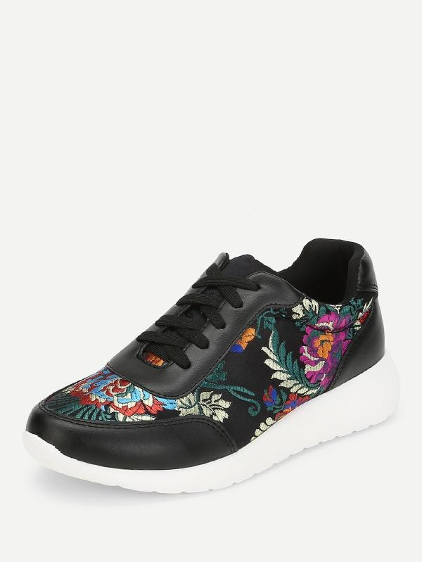 Дамски маратонки Low Top Embroidered Sneakers