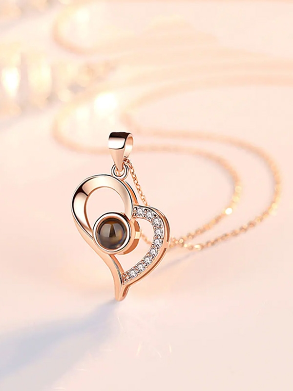 Дамско колие Light Projection Heart Pendant Necklace