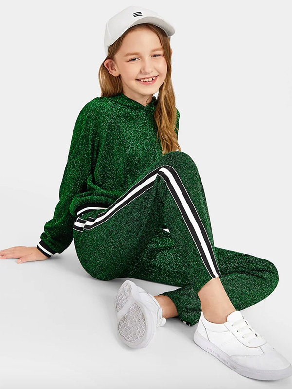 Детски бляскав сет Girls Raglan Sleeve Glitter Hoodie And Striped Pants Set