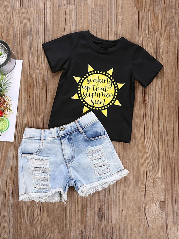 Детски сет Girls Sunflower Print Tee With Destroyed Denim Shorts