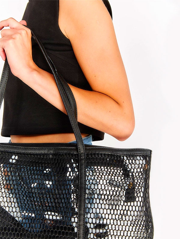 Мрежеста дамска чанта Black Mesh Shopping Bag With Inner Pouch